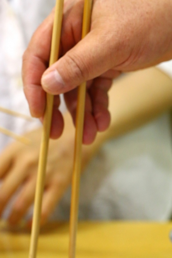 中川式お箸の正しい持ち方2